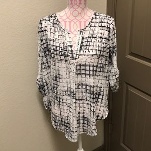 Lush roll tab sleeve woven blouse
